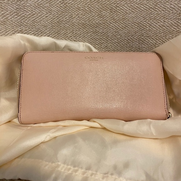 Coach Saffiano Leather Wallet in Blush